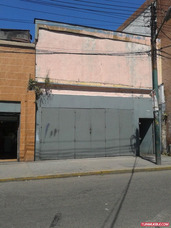 Local Catia, Cerca Del Metro, Flujo Peatonal Y Vehicular