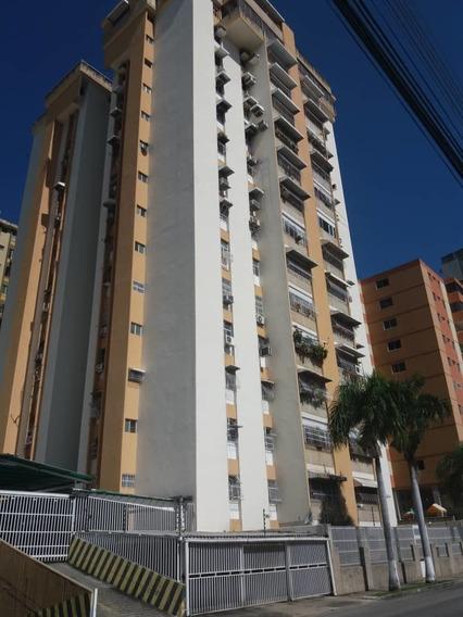 Apartamento Urb Andres Bello Las Delicias 04141291645