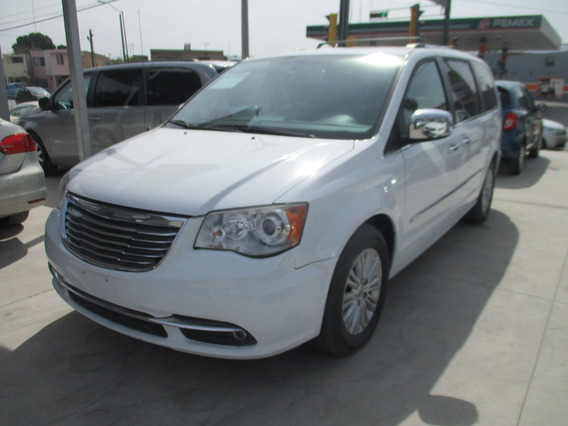 Chrysler Town & Country Limited, Aut, V6, Blanco, Mod. 2014
