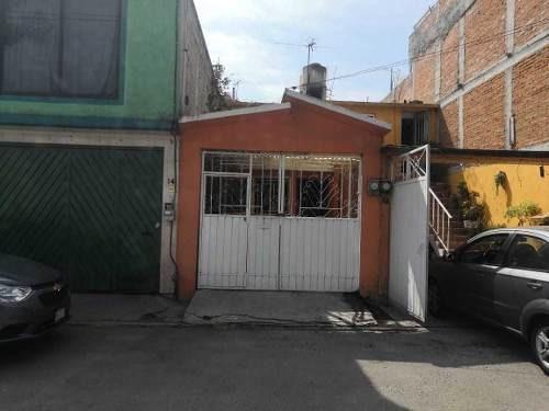 Casa En Venta En Fuentes Del Valle Tultitlan
