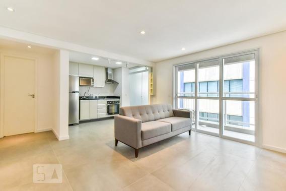 Apartamento No 8º Andar Mobiliado Com 1 Dormitório E 1 Garagem - Id: 892997881 - 297881