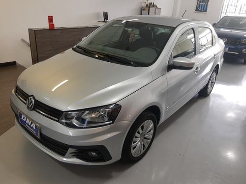 Volkswagen Voyage 1.6 Comfortline Imotion