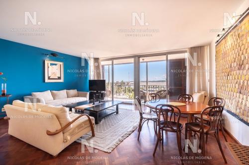 Venta Apartamento De 2 Dormitorios Con Vista Al Puerto, Punta Del Este- Ref: 2994
