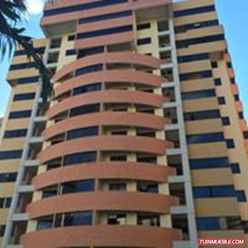 Imagen 1 de 7 de Apartamento En Res. Portal De Mañongo. Maa-424