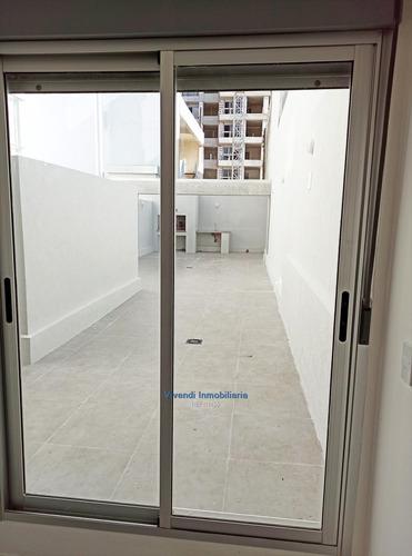 Venta De Apartamento 2 Dormitorios Patio Garaje Centro