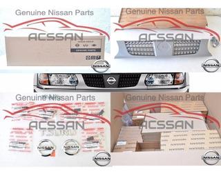 Kit Parrilla Faros Y Emblemas Tsuru 2003 Nissan Original