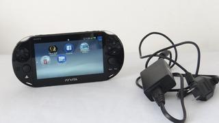 Consola Ps Vita Slim Con Memoria De 8gb