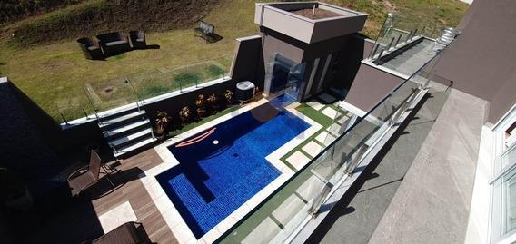Tamboré 11 | Alphaville | Casa | Banheiro Amplo | Closet Master - Cnc1037