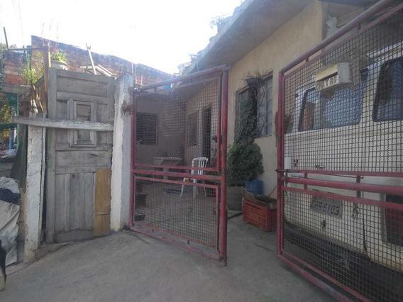 Casa No Jardim Santa Adélia