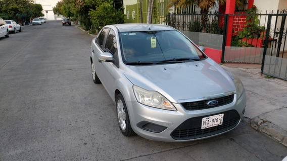 Ford Focus Sedan Ambiente At 2010