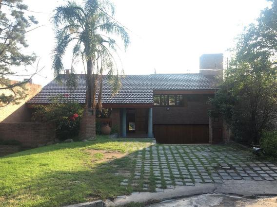 Casa En Alquiler - Barrancas Del Cerro - 3 Dormitorios