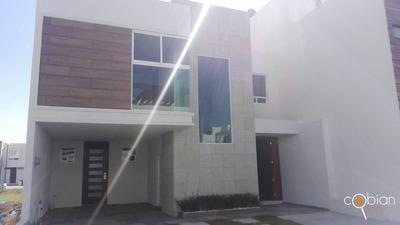 Bonita Casa En Lomas De Angelopolis