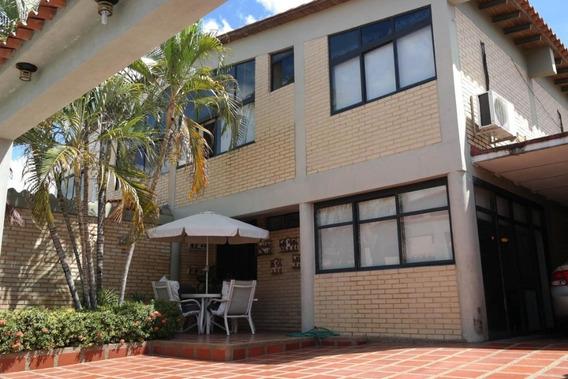 Cm 20-4680 Casa En Venta Castillejo