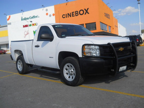 Pick Up Chevrolet Silverado 2500 4x4, Mod. 2013, Blanca