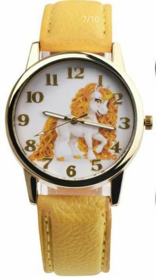 Relógio Unicórnio Amarelo