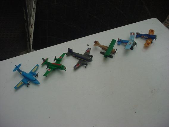 Miniatura Kinder Ovo Aviao E Locomotiva 9 Peças