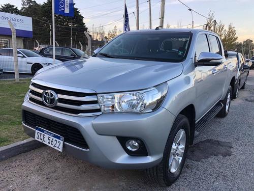 Toyota Hilux Srv 2.7 4x2 Nafta