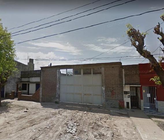 Alquiler De Galpón En Tolosa, La Plata. Calle 120 Esq. 529