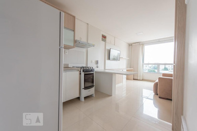 Studio No 7º Andar Mobiliado Com 1 Dormitório E 1 Garagem - Id: 892906858 - 206858