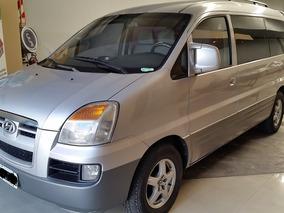 Hyundai H1 2.5 12 Pas Minibus Turbo 2005 Km280000.-