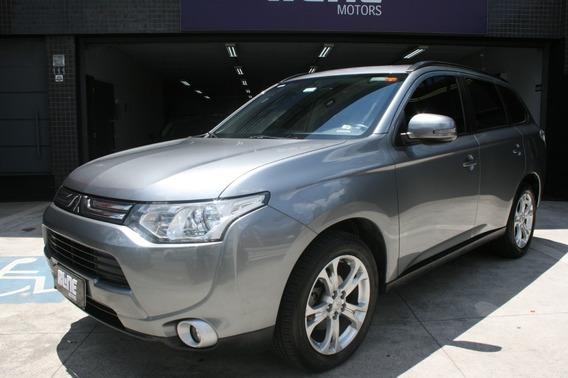 Mitsubishi Outlander 2.0 2015