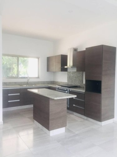 Cancun Casa En Venta Residencial Arbolada