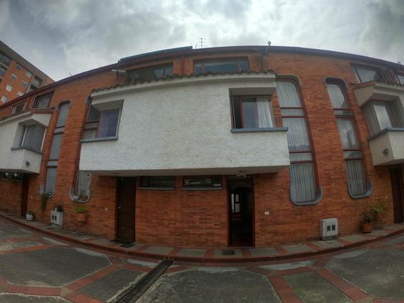 Bonita Casa Venta En Cedritos Mls 19-1312