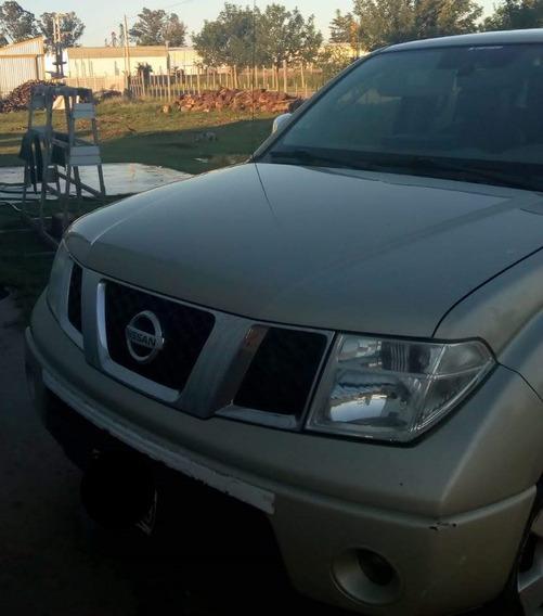 Nissan Frontier Lee 2010 2.5 Le Cab Doble 4x4 Tap. Cuero