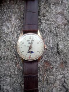 Reloj Triple Calendario Fase Lunar Valjoux 90 Por Universal