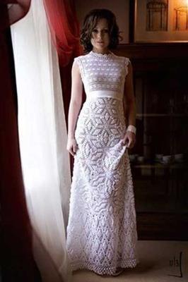 Feitio De Vestido De Noiva Em Crochê E Pedraria