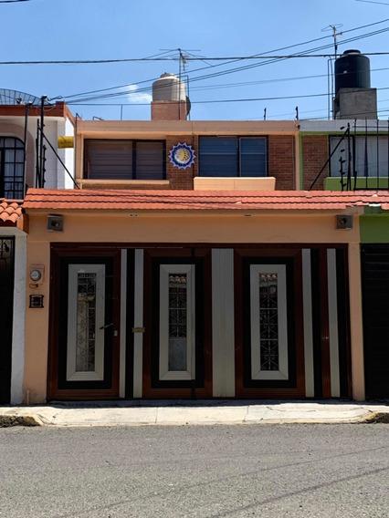 Preciosa Casa En Metepec, A Solo 2 Min De Galerías Metepec