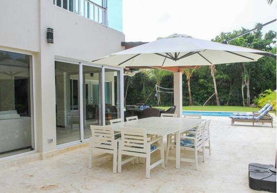Hermosa Villa De 5 Hab. Con Piscina Privada. Punta Cana