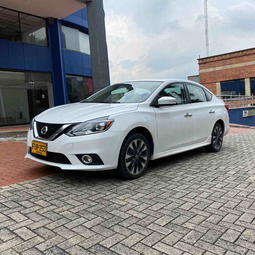 Nissan Sentra 2.0 Rs
