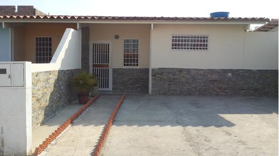 Casa Unifamiliar Cua Edo Miranda