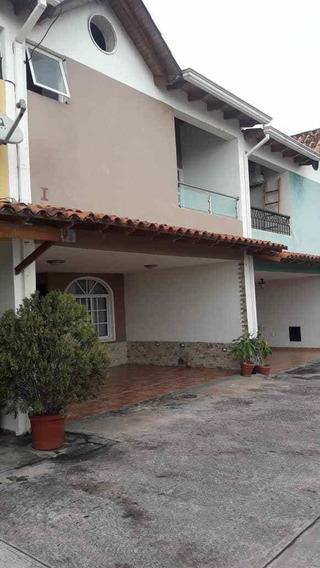 Casa Alquiler Semiamoblada