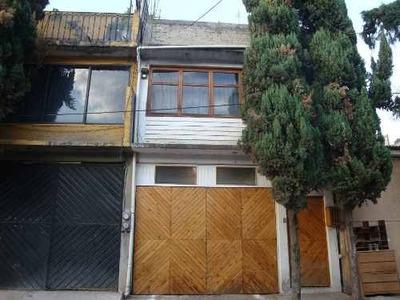 Casa Barata Con 3 Rec, 2.5 Wc 1 Est A Precio De Terreno!
