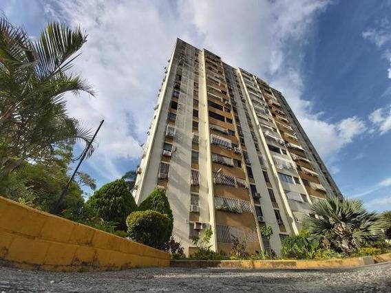 Apartamento En Venta Las Trinitarias Barquisimeto 20-709