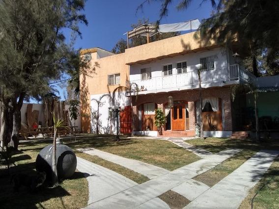 Casa 2 Recamaras Gigantes Fracc Agua Escondida 1 900 ,000