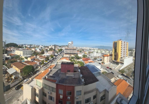 Imagem 1 de 13 de Excelente Sala Comercial Em  Capoeiras - Florianópolis/sc - Sa0794