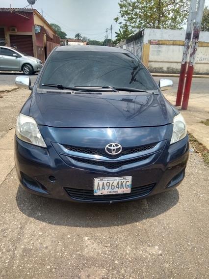 Toyota Yaris Belta 4 Puerta