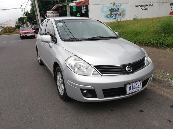 Nissan Tiida Tiida Versa Hatchbac