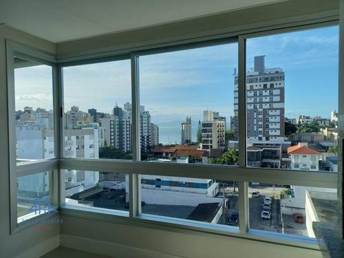 Imagem 1 de 30 de Apartamento Com 03 Suítes, 03 Vagas De Garagem À Venda  Por R$ 1.800.000 - Centro - Florianópolis/sc - Ap3043