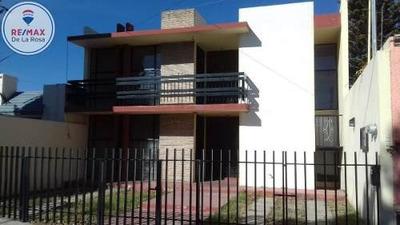 Amplio Departamento En Renta Colonia Real Del Prado.