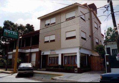 Venta San Bernardo Hotel A 2 Cuadras Del Mar Funcionando