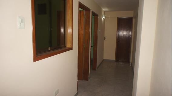 Oficina En Venta Centro Barquisimeto Rah: 19-13606