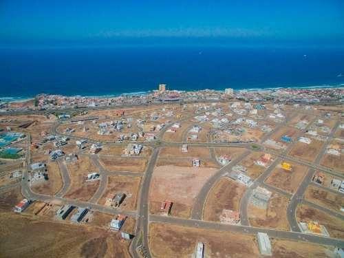 Terreno En Venta En Fraccionamiento Punta Azul, Playas De Rosarito B.c.