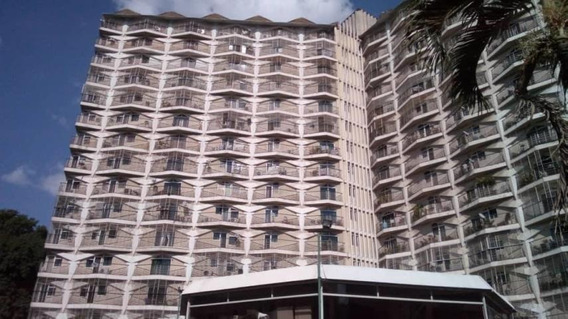 America Teran Vende Apartamento Paraiso Mls #19-18977