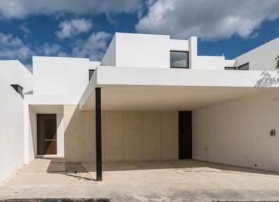 Casa En Renta En Merida, Cholul Cerca De La Universidad Modelo ¡nueva!