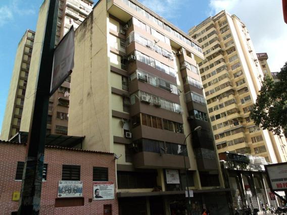 Apartamento En Venta Dg Parroquia Santa Teresa #19-14093