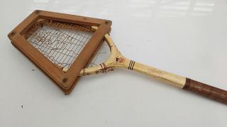 Raquete De Tênis Antiga